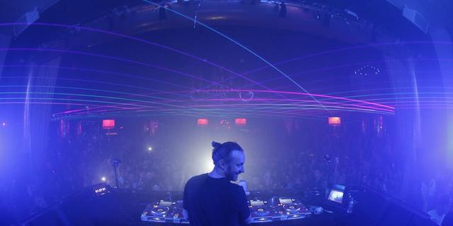 """Listen: David Guetta Uploads Preview of Robin Schulz's """"Bang My Head"""" Remix"""