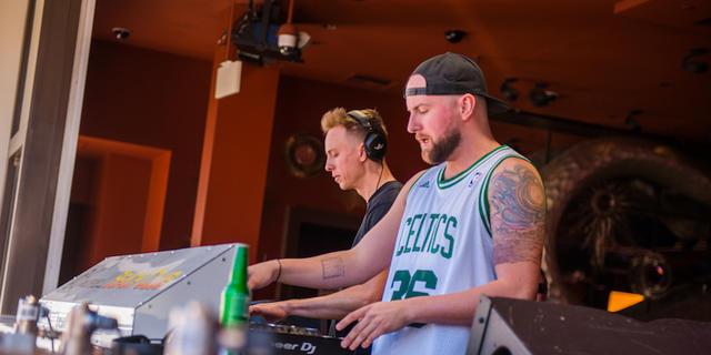 Lost Kings Kicks Off The Weekend At Encore Beach Club